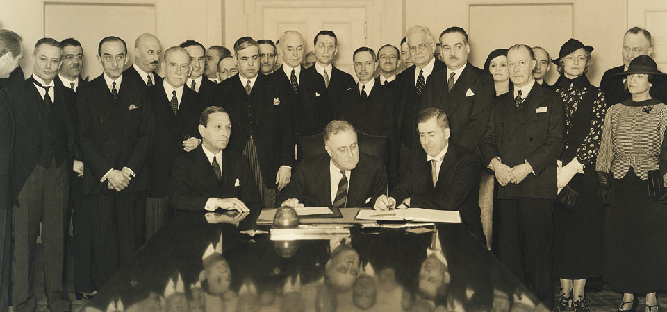 signing of the roerich pact